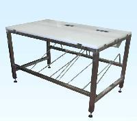Working table for meat cutting